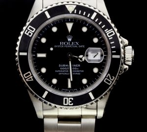 1976 Rolex Submariner with Stainless steel bezel.